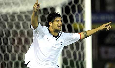Leandro Gioda celebrates his comeback with the opener